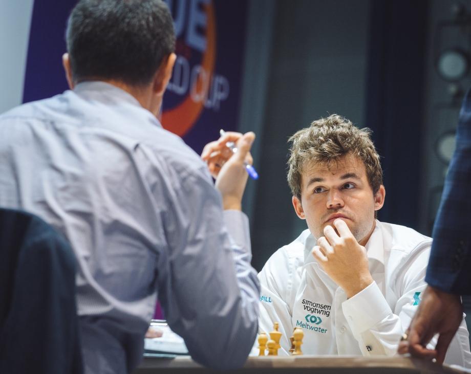 Round 04 Game 01: Wojtaszek holds Carlsen to a draw