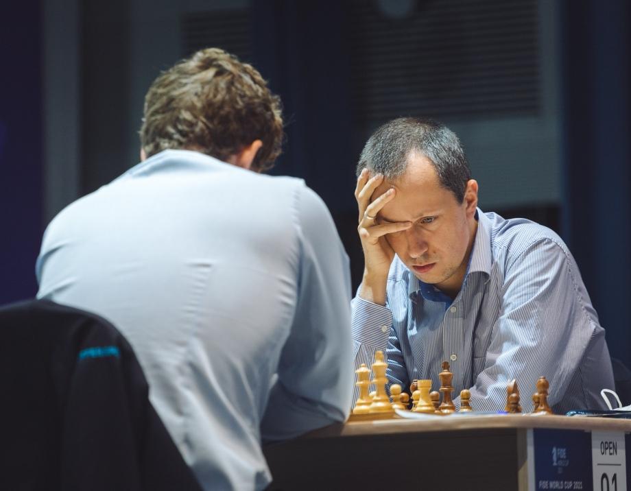 Round 04 Game 02: Wojtaszek forces tiebreak with Carlsen
