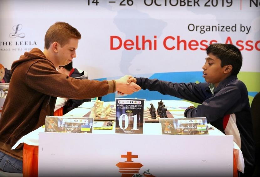 World Junior Championship crossed the halfway point