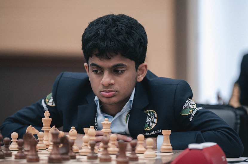 Rating analytics: The number of rated chess players goes up