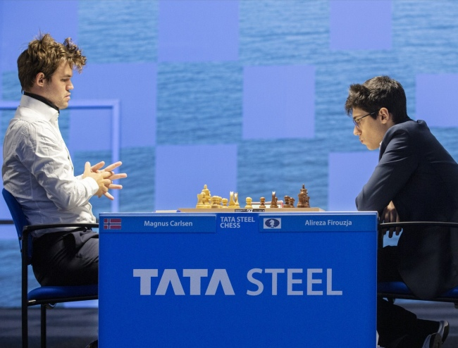 Tata Steel: Carlsen, Crandelious and Giri lead after Round 1