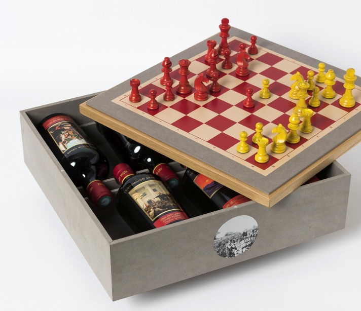 Wine-and-chess set for World's #1 Corporate Chess Team