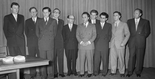 Candidates 1956: Smyslov again!
